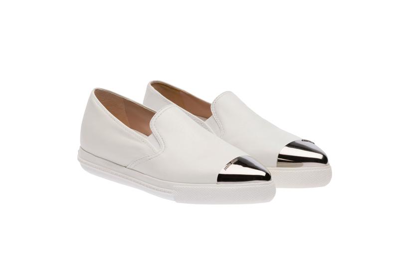 Miu Miu Pointy Toe Slip-On Sneakers 08
