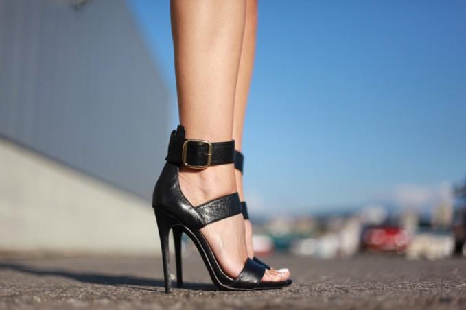 Steve Madden Mysterii Ankle Strap Sandal