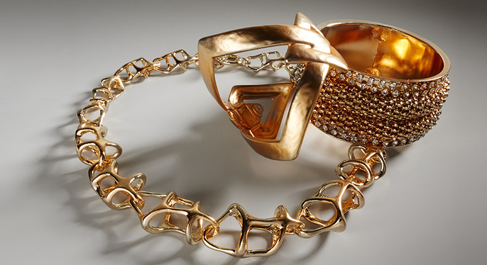 Bold Gold Jewelry at Gilt