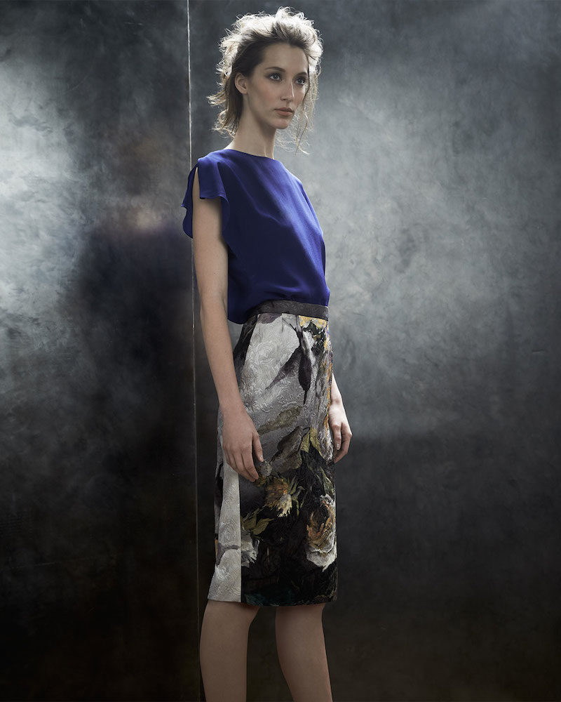 Escada Loose-Fit Cap-Sleeve Blouse & Abstract Floral Jacquard Pencil Skirt
