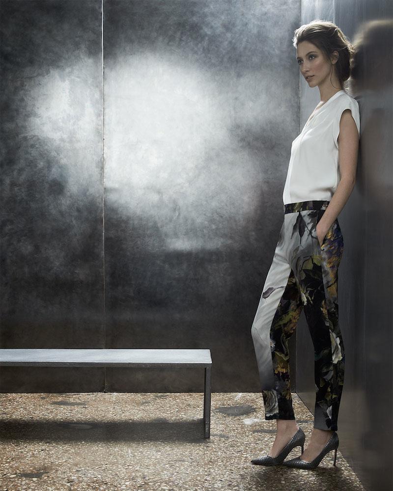 Escada Sleeveless Loose-Fitting V-Neck Blouse & Straight-Leg Floral Pants