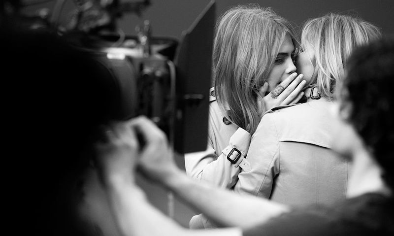 Burberry My Burberry Eau de Parfum AD Campaign feat. Kate Moss and Cara Delevingne_3