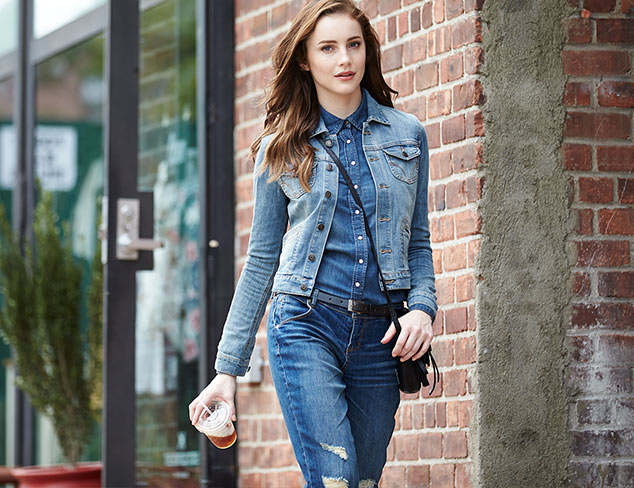 Casual Trend: Boyfriend Jeans, Shirts & More at MYHABIT