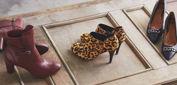 ECCO, Rockport, & More: Shoes to Cushion Your Step at Rue La La