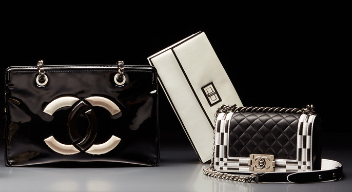 Go Graphic: Black & White Vintage Handbags at Gilt