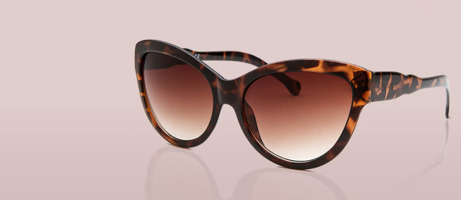 Luxury Sunglasses ft. Fendi, Balmain & More at Belle & Clive