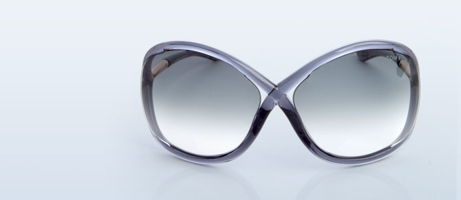 Oversized Sunnies ft. Gucci, Ray-Ban & More at Belle & Clive