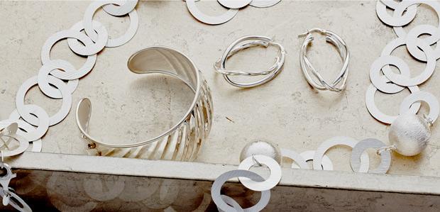 Sparkling Italian Silver: Necklaces & More at Rue La La