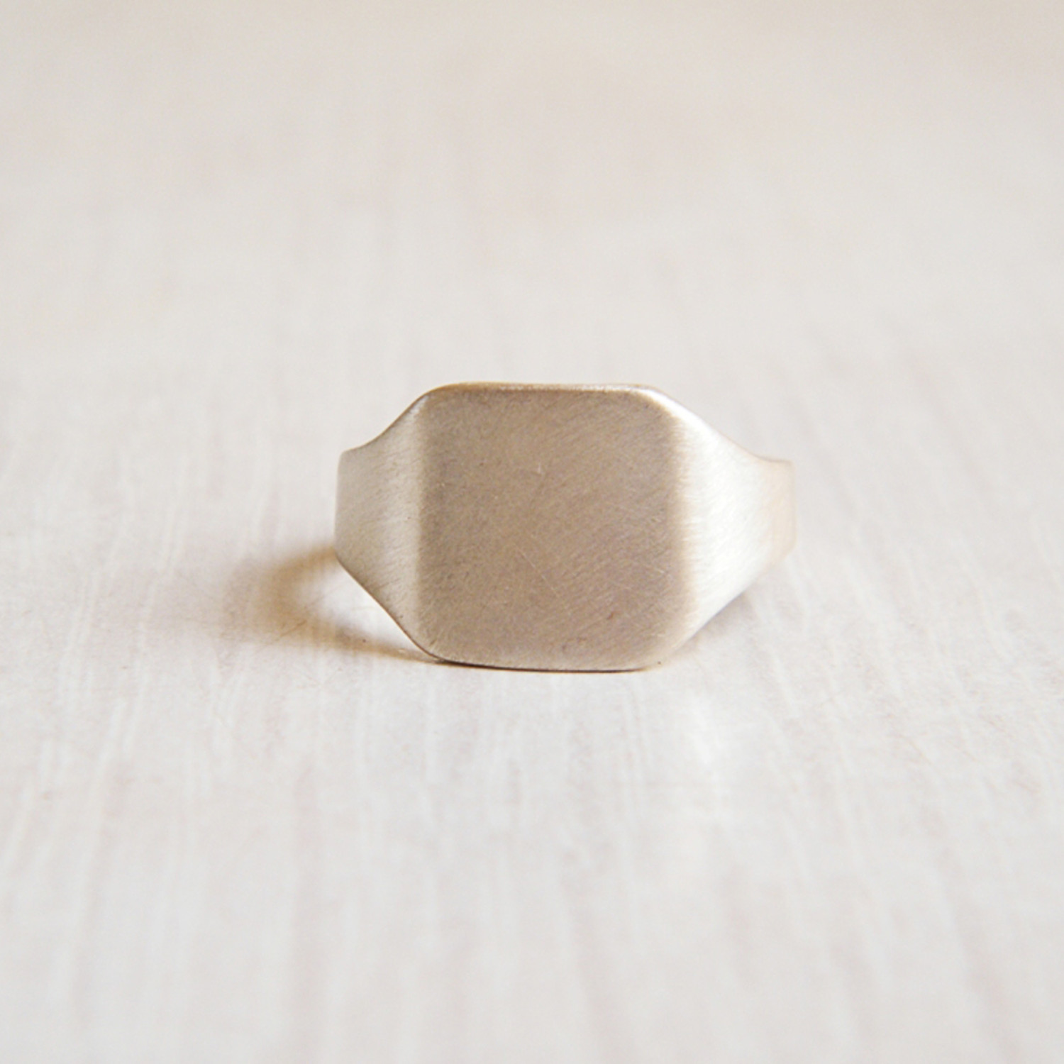TheFORMA Square Ring