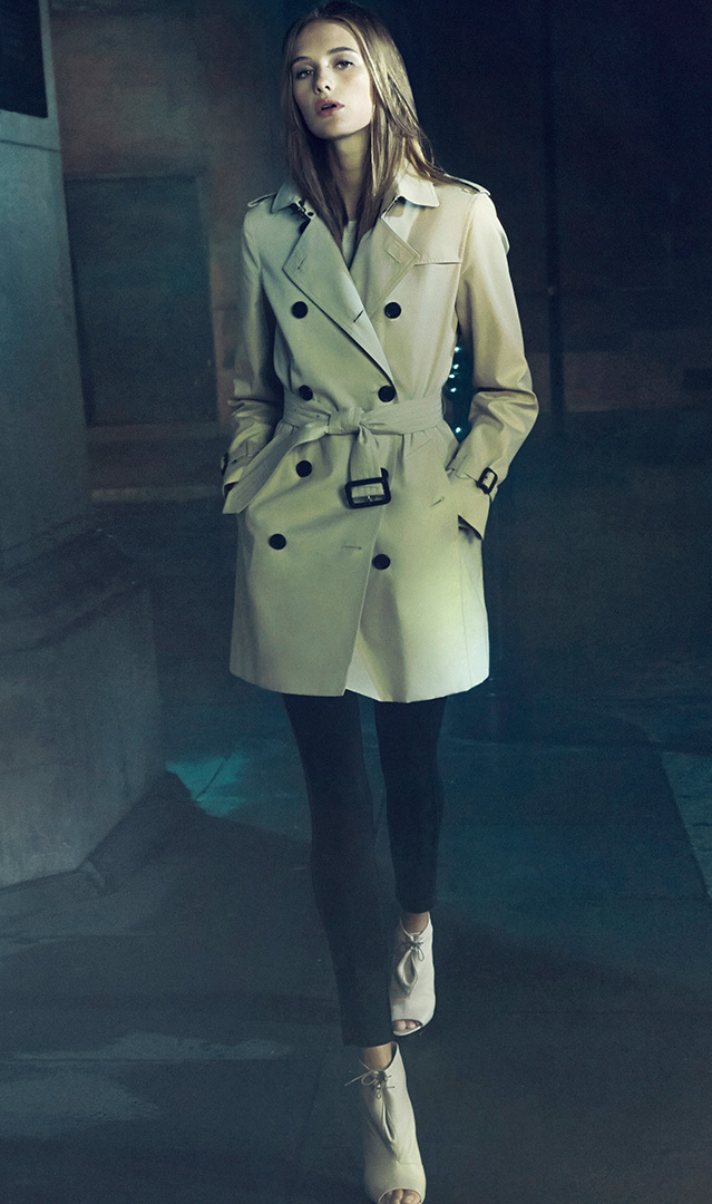 Burberry London Kensington Mid-Length Heritage Trench