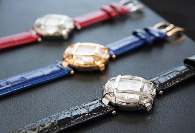 Oscar de la Renta Limited Edition Alligator Lattice Watch