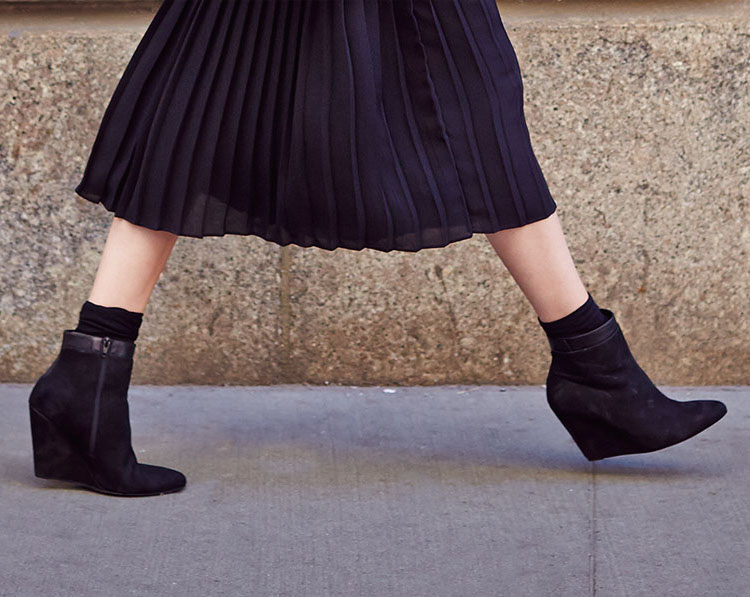 Vince Ludlow Leather Wedge Bootie