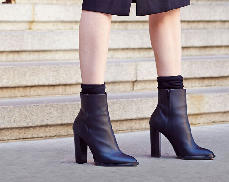 Vince Overton Leather Bootie