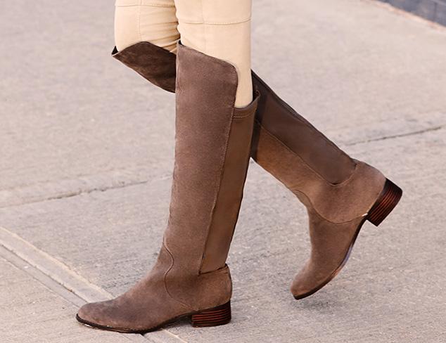 Wear Everywhere: Flat Boots at MYHABIT