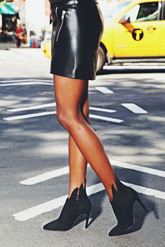 Bottega Veneta Nero Suede Ankle Boots