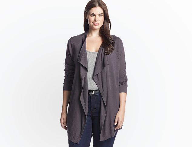 Plus Size: Weekend Wear at MYHABIT