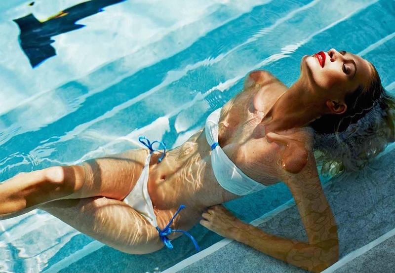 Poppy Delevingne x Solid & Striped Bandeau Bikini_3