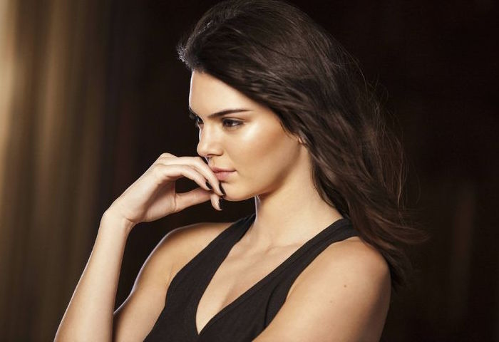 Estee Lauder Little Black Primer feat. Kendall Jenner_1