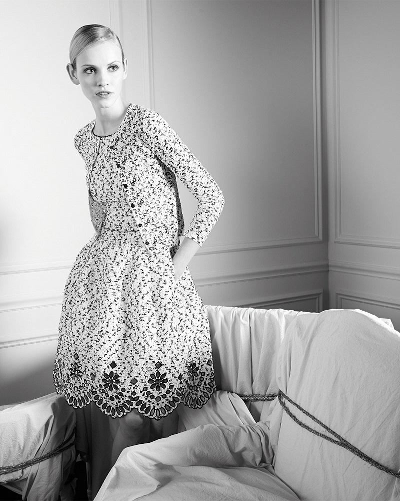 Oscar de la Renta Speckled Eyelash Tweed Dress with Eyelet Hem