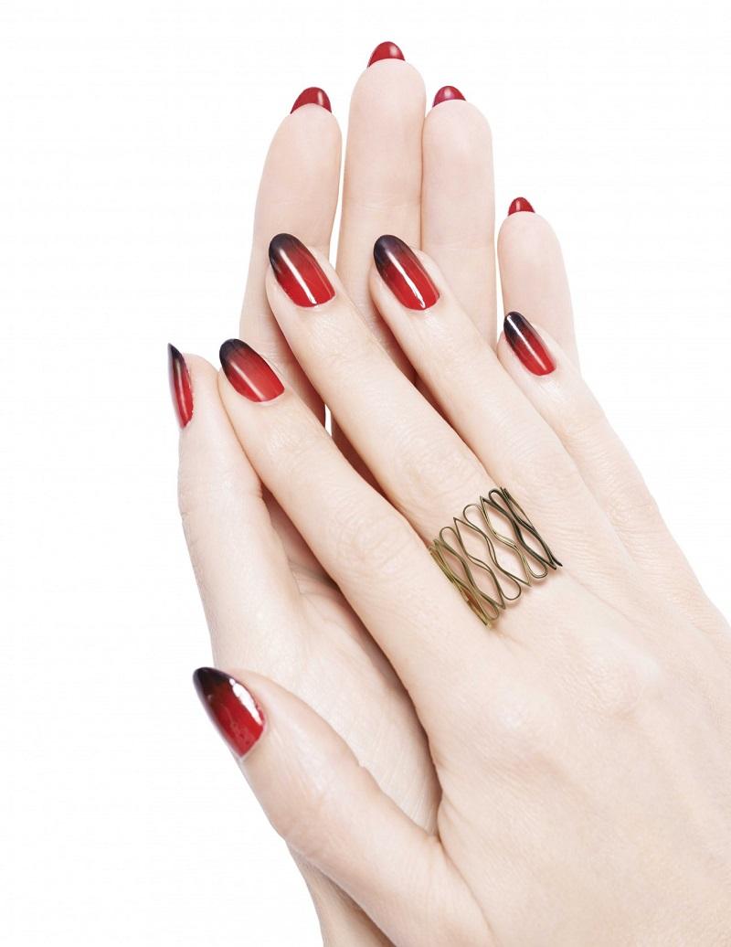 Christian Louboutin Loubi Under Red Nail Designer_2