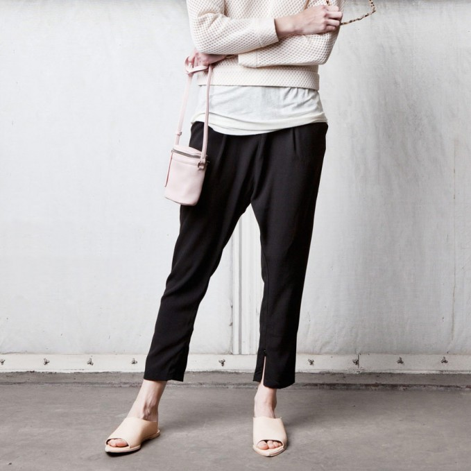 KARA Stowaway in Pink Pebble