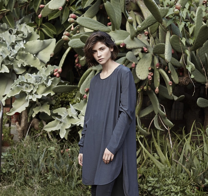 Mango PREMIUM - Asymmetric hem blouse (2)
