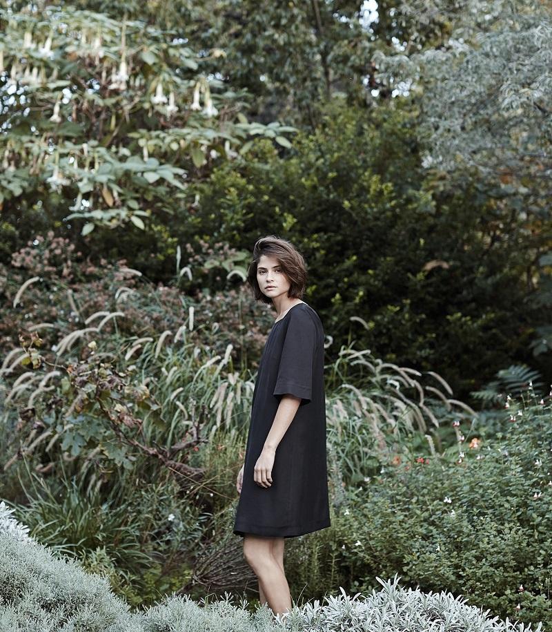 Mango PREMIUM - Cut-out detail dress