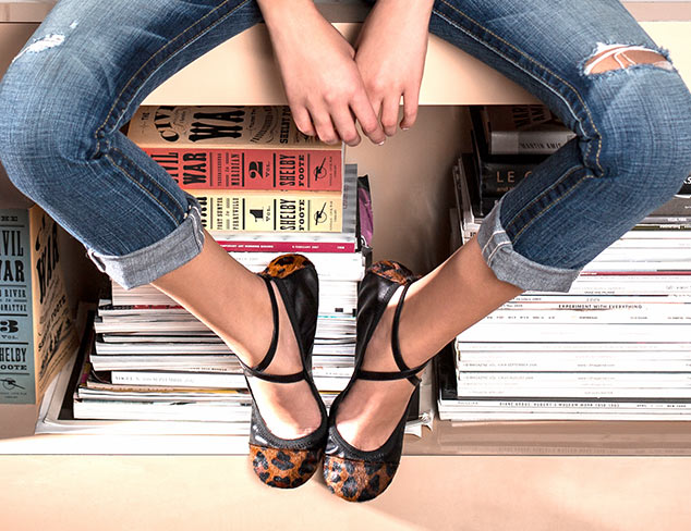 Get Out of Town: Foldable Flats at MYHABIT