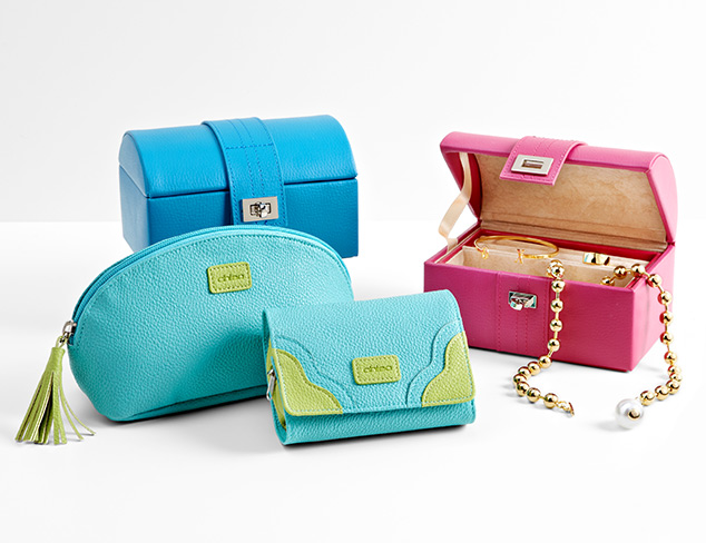 On-the-Go Accessories for the Jet-Setter at MYHABIT