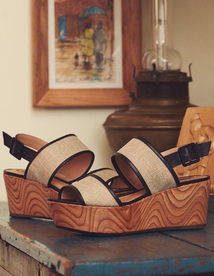Schutz Emiliany Flatform Sandals