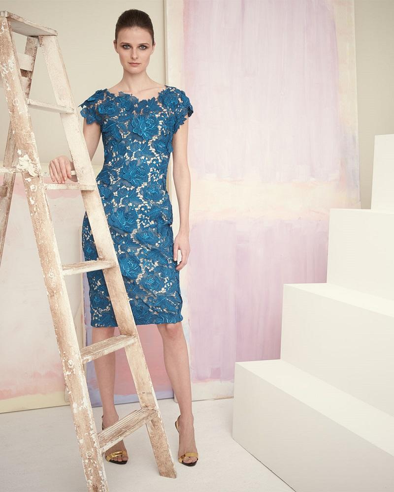 Lela Rose Floral-Lace Sheath Dress