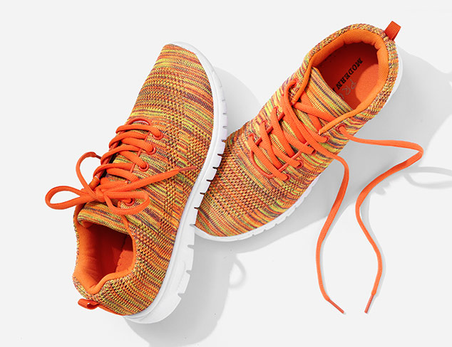 Sneakers & More feat. Modern Rush at MYHABIT