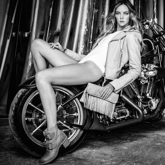 Frye Heidi Fringed Leather Crossbody Bag