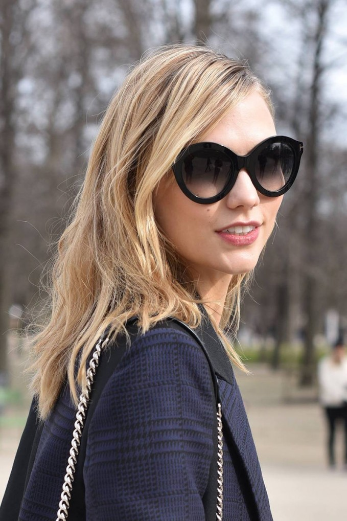 Karlie Kloss in Tom Ford 55MM Chiara Round Sunglasses