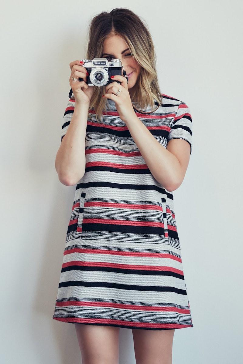 cupcakes and cashmere Olvera Stripe Shift Dress