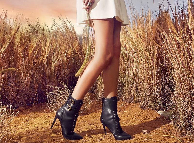 Balmain Nina Leather Ranger Booties