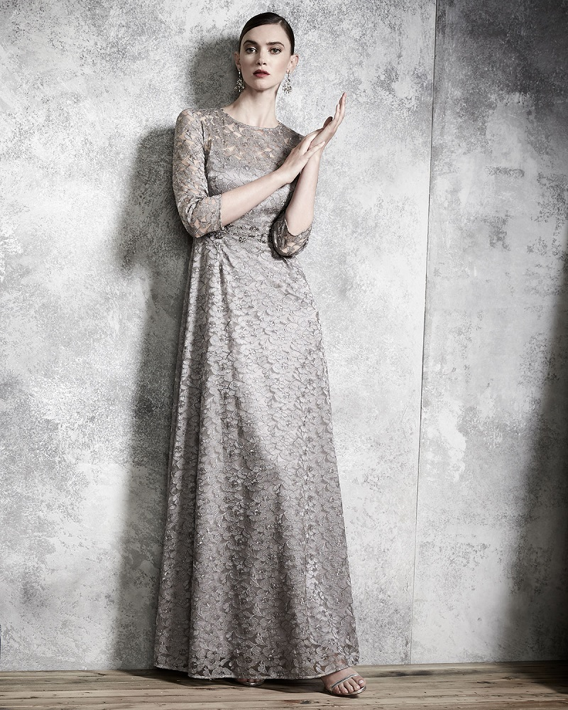 Kay Unger New York 34-Sleeve Lace A-line Gown