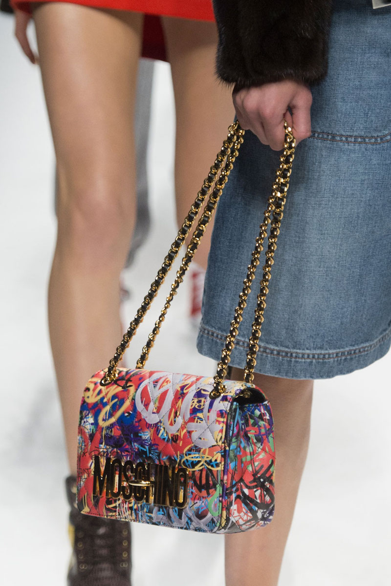 Moschino Graffiti-Print Quilted Shoulder Bag Multicolor