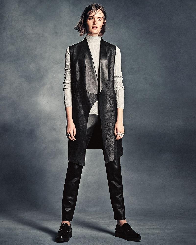 Elie Tahari Remmi Long-Sleeve Turtleneck Sweater
