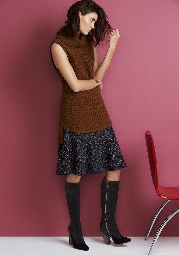 Theory Evian Stretch Marvita B Skirt