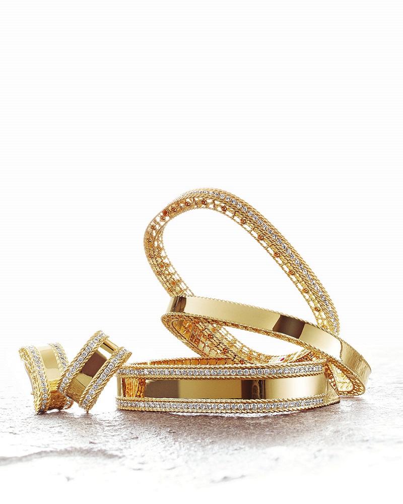 Roberto Coin Princess 18k Gold Huggie Earrings