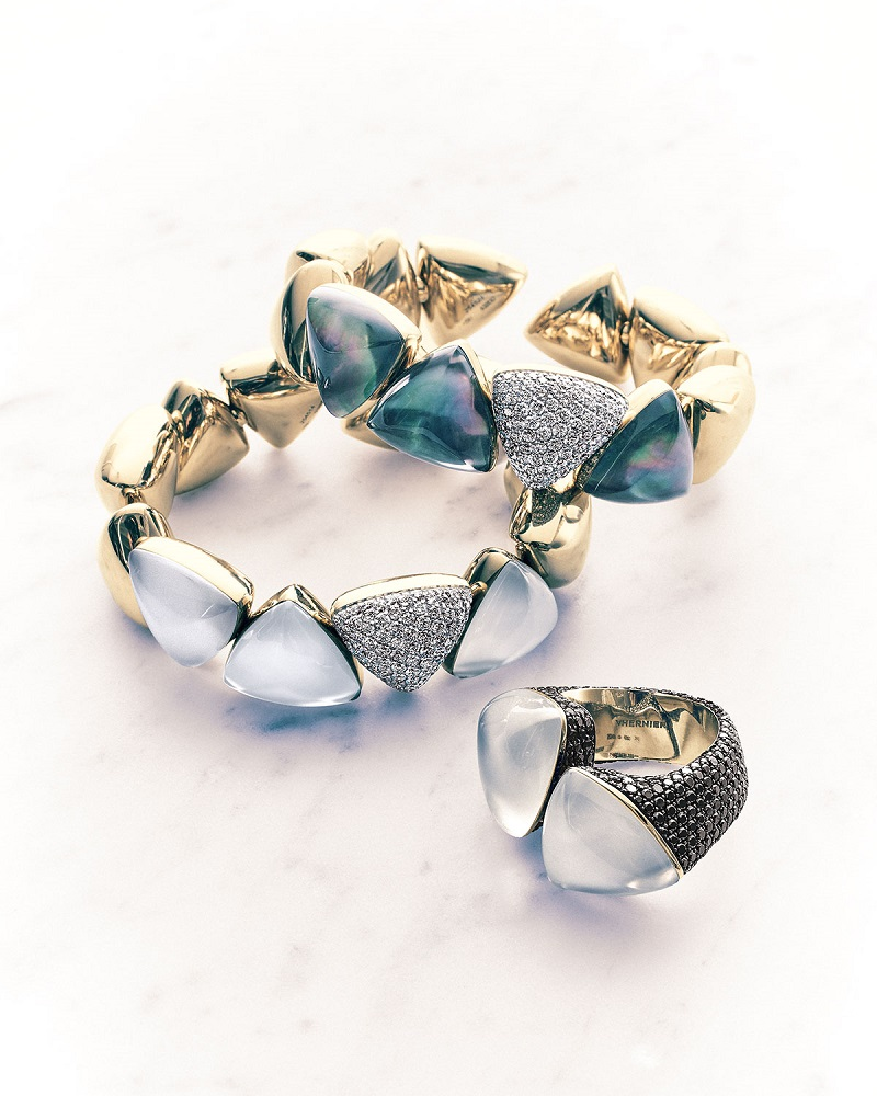 Vhernier 18k Diamond and Gray Mother-of-Pearl Bracelet