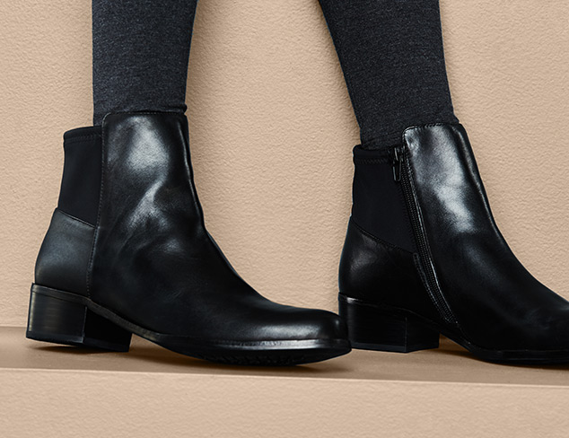 Water Resistant Boots feat. Aqua Diva at MYHABIT