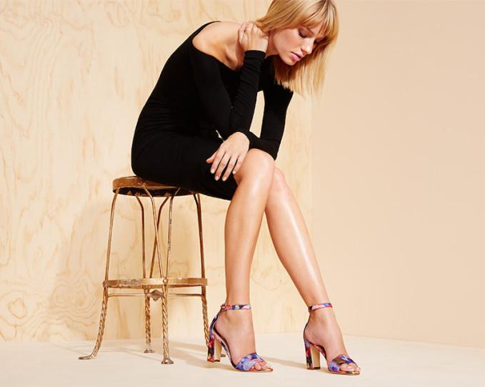 Manolo Blahnik Laurato Printed Sandals