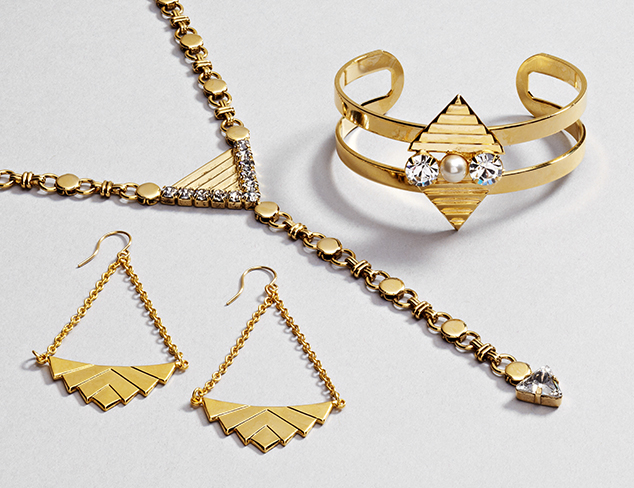 Must-Have Jewels feat. Capwell & Yochi at MYHABIT