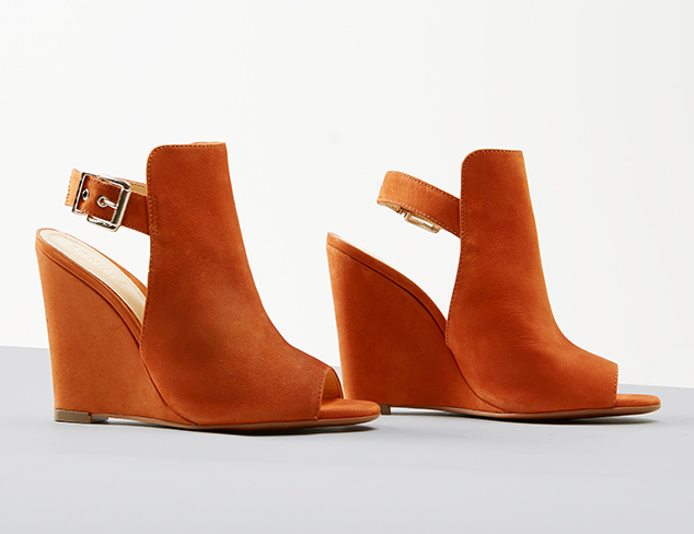 New Arrivals Contemporary Shoes at MYHABIT