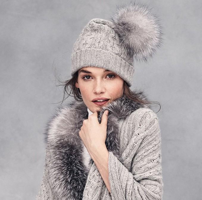 Sofia Cashmere Cashmere Cable-Knit Hat with Fur Pom Pom
