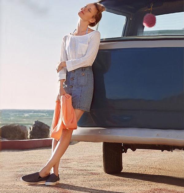 Joie Healy B Denim Skirt