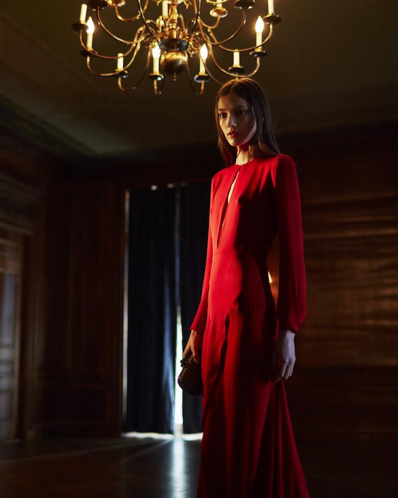 Giulietta Keyhole-Slit Chiffon Gown