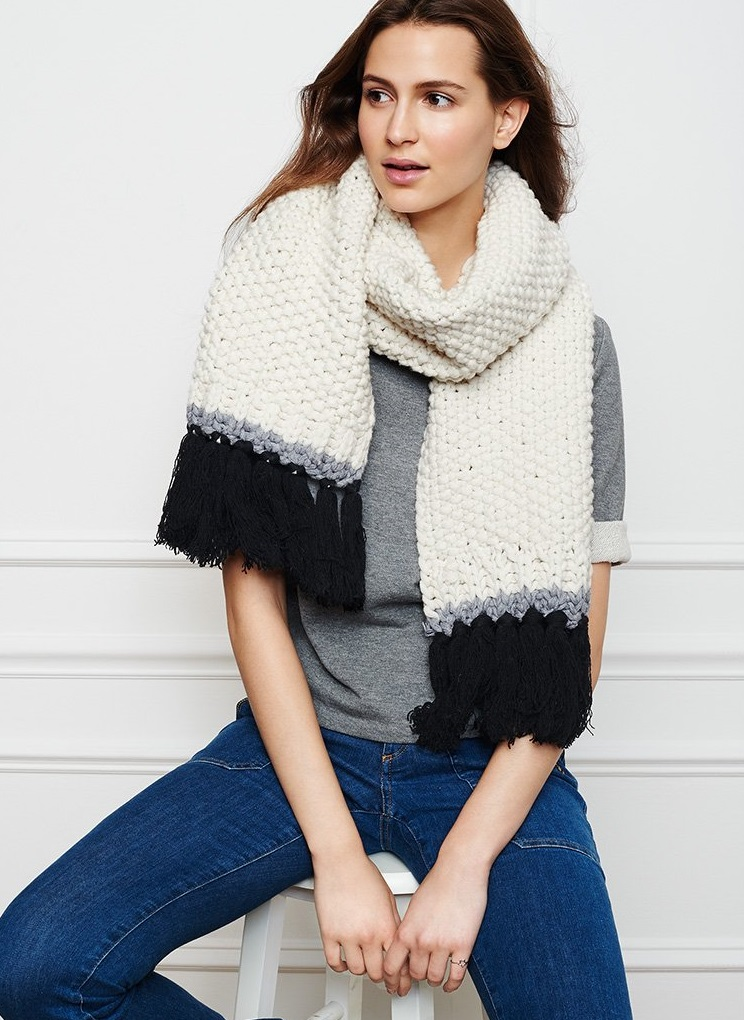 Kate Spade New York Chunky Stitch Scarf